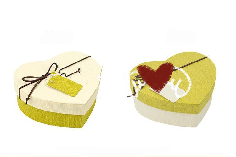2017 Custom special paper cardboard heart shaped storage box/packaging box/perfume paper boxes