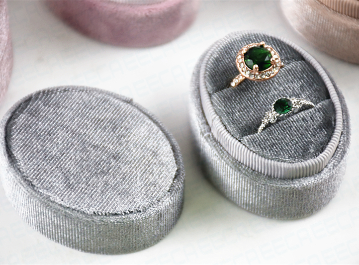 Custom Handmade Luxury Velvet Oval Weeding Ring Boxes For Jewelry Suede Ring Box Wholesale